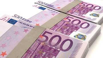 gebündelte 500-Euro-Scheine